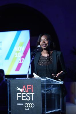 Divines takes home three awards at AFI FEST! - Houda Benyamina aux côtés de Michael Chr. Rieks, lauréat d'un prix du public pour