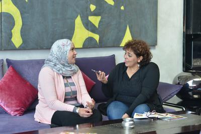 Magnífica apertura del 1er Festival de Cine Francés en Marruecos - Soria Zeroual pendant une interview