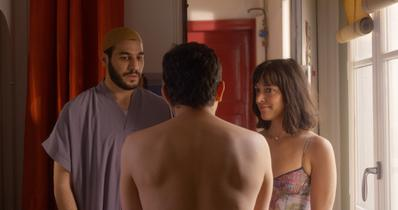 Toda Tuya - © Kare Productions - Adelante Cinema