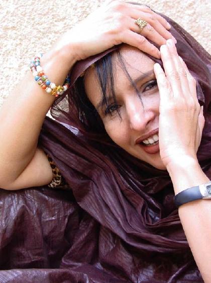 Malouma, Diva of the Sands