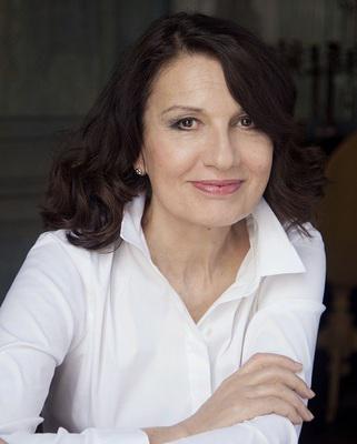 Ludmila Mikaël - © Carole Bellaiche