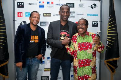 Balance de los Primeros Encuentros del Cine de habla francesa en Abiyán - Mamane et deux de ses comédiens, Digbeu Cravate et Léonard Groguhet