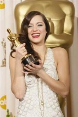 Marion Cotillard se lleva el Oscar - © Afp