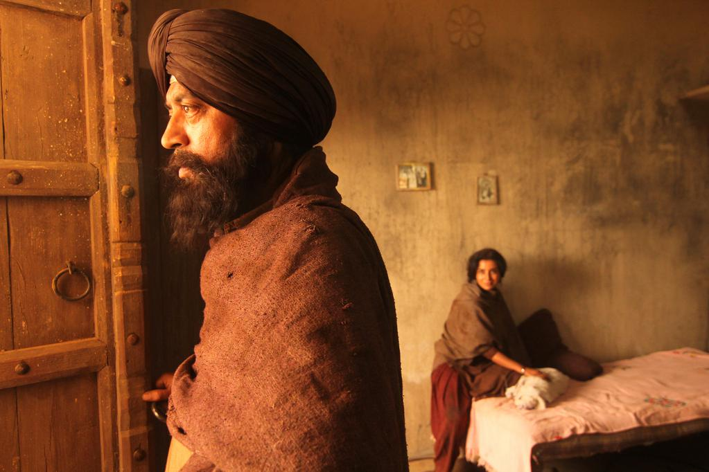 Qissa: The Tale of Lonely Ghost