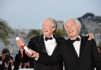 Maïwenn y Jean Dujardin en el Palmarés duel festival de Cannes 2011 - Jean-Pierre Dardenne, Luc Dardenne - Grand Prix - © Afp