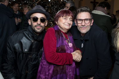 Agnès Varda homenajeada por la gran familia del cine, de las artes y de la cultura.