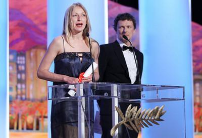 Maïwenn y Jean Dujardin en el Palmarés duel festival de Cannes 2011 - Maryna Vroda - Palme d'Or des Courts Métrages - © Afp