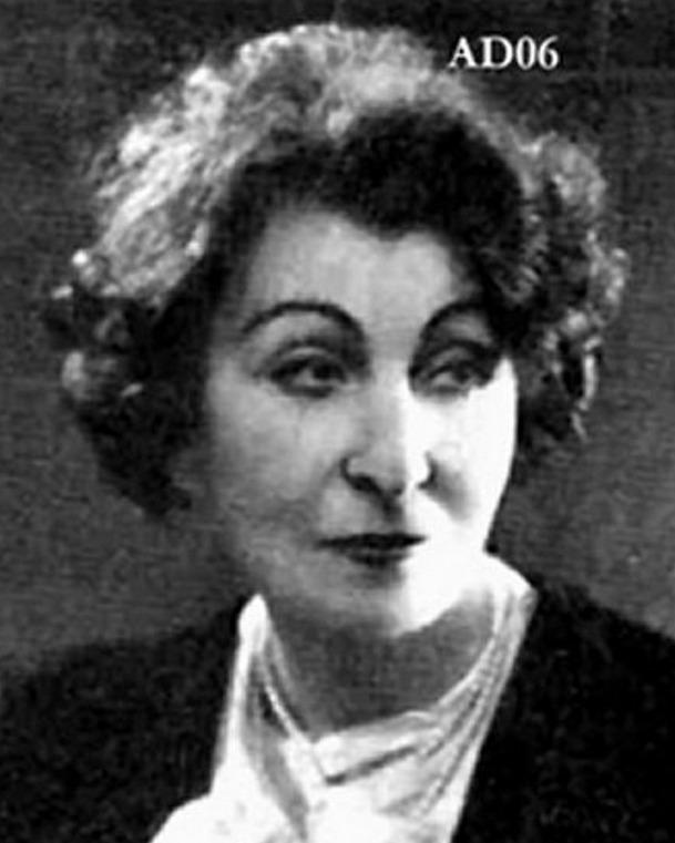 Esther Lekain