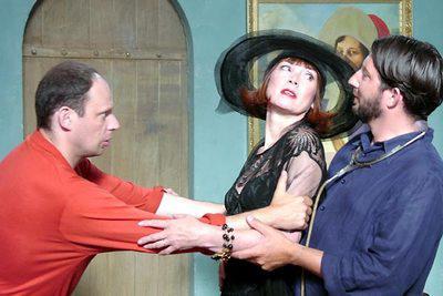 Parfum de la Dame en noir (Le) / 仮題:黒ドレスの女の香り