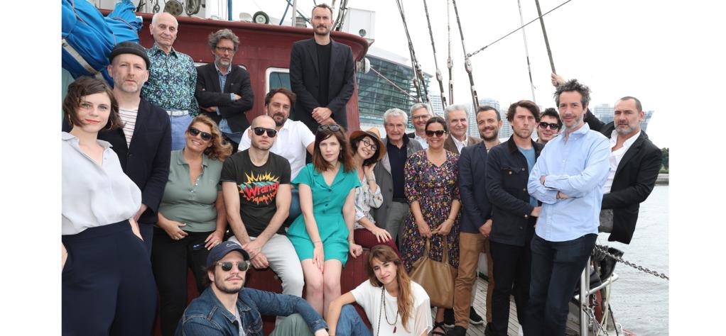 The full crew of the artistic delegation in Yokohama