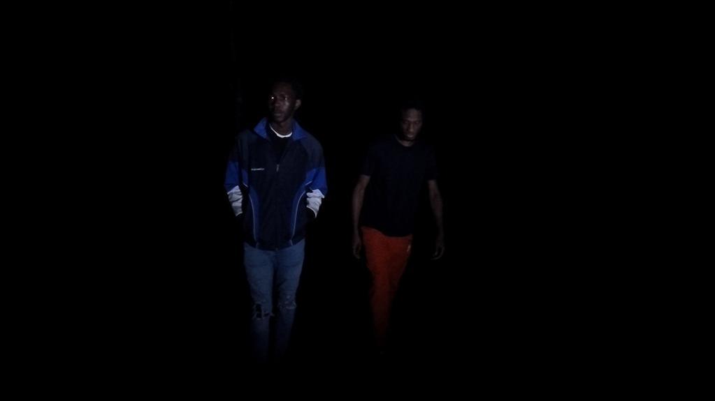 À l'entrée de la nuit - © Apaches Films