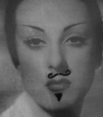 Tournons ensemble, Mademoiselle Darrieux