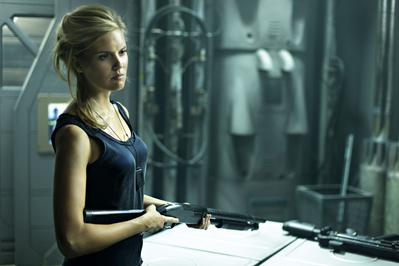 Lock Out - © 2011 Europacorp