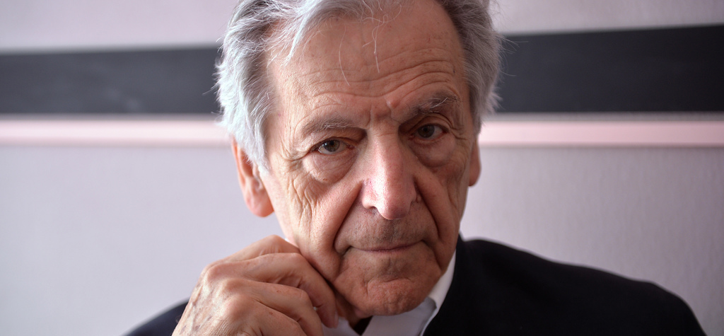 """Keeping in Touch"": Costa-Gavras talks with Luis Martínez López (Spain) - © Veeren Ramsamy / UniFrance"